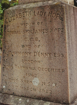 Lady Hope headstone