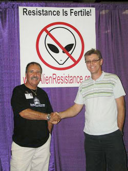 Gary Bates with fellow UFO researcher Joe Jordan.