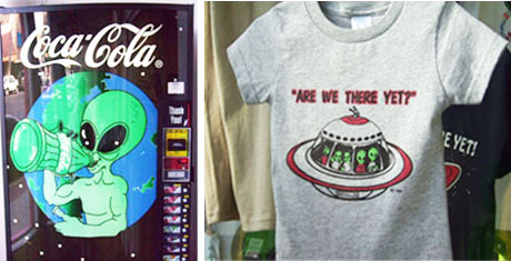 Roswell— a town like no other—with a Coke machine, like no other, and humorous t-shirt.