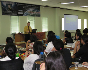 David addresses Teachers College students at Universitas Pelita Harapan (lit: University of Light and Hope)