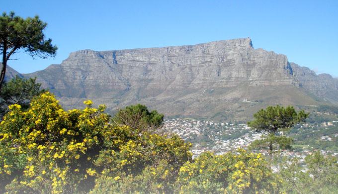 Uniformitariánská záhada zarovnání horských povrchů
