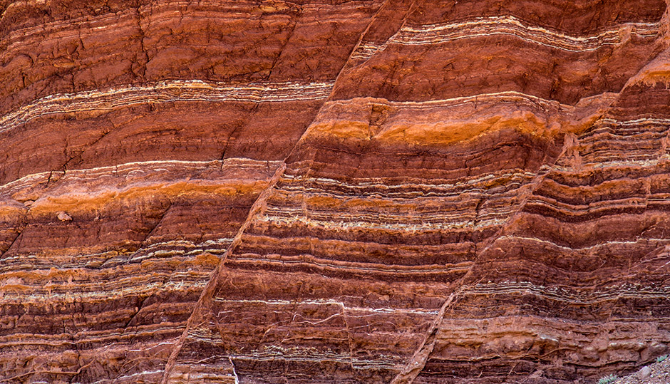 Sedimentary rocks and the geologic time scale