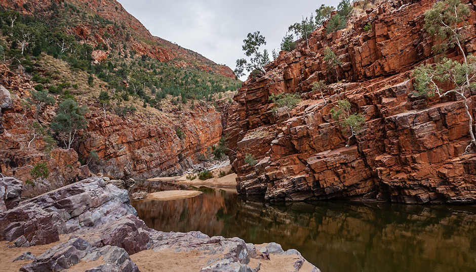 Interpreting the geology of Central Australia