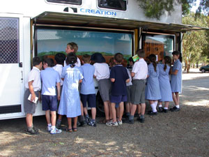 Children at Ark van