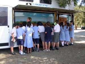 Children at Ark van