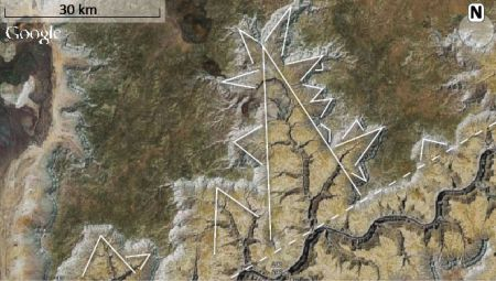 Figure 8. The branching structure at the western part of the Grand Canyon. Branches are shaped as a V or U with the width tapering away from the outlet of the  branch. The branching shapes on branching shapes resemble fractals.