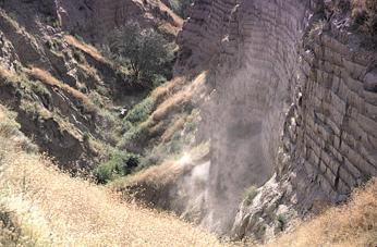 Sedimentêre lae in die muur van Burlingame Canyon