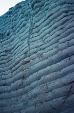 Close-up foto van sedimentêre lae in die muur van Burlingame Canyon