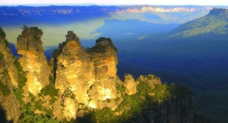 The 'Three Sisters' rock formation in the Blue Mountains west of Sydney